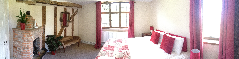 Small En Suite Bedroom